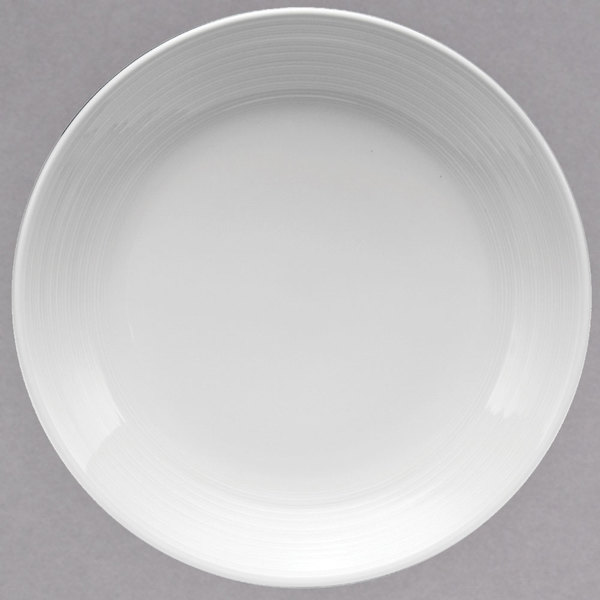 "Oneida R4570000151 Botticelli 10 1/2"" Round Bright White Porcelain Coupe Plate - 12/Case"