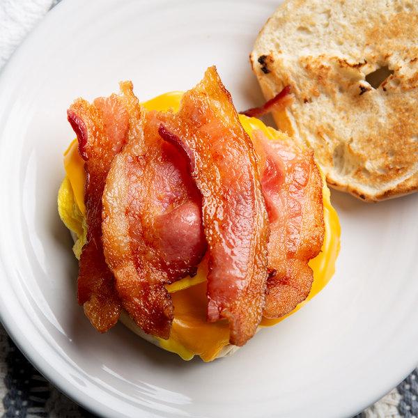 Kunzler 12 oz. Center Cut Hardwood Smoked Sliced Bacon - 16/Case Main Image 2