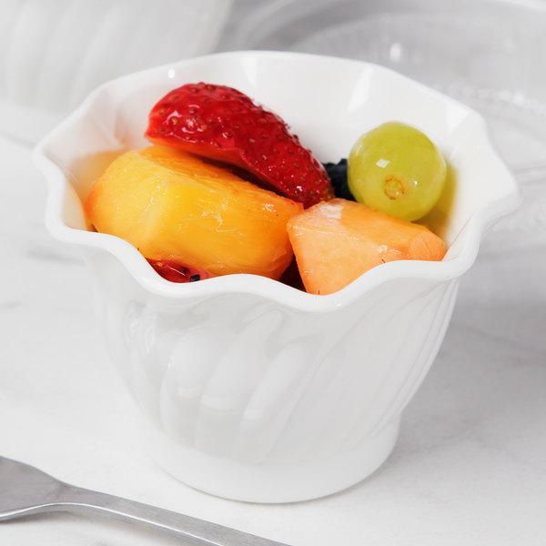 Cambro SRB5148 5 oz. Customizable White Plastic Swirl Bowl - 24/Case