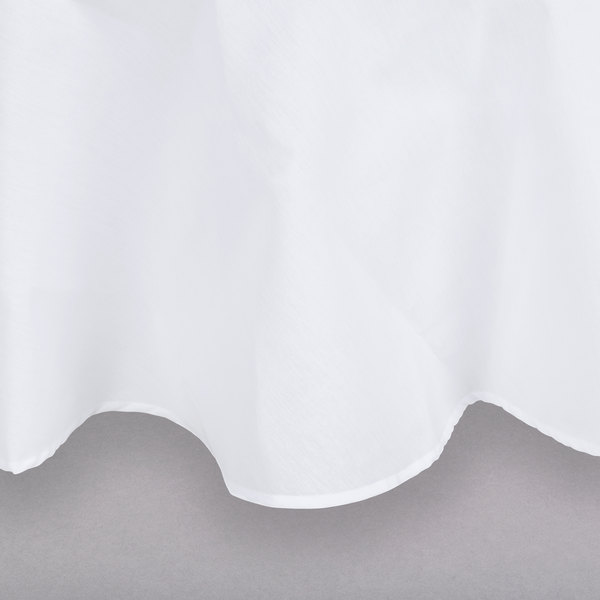 "132"" White Round Hemmed Polyspun Cloth Table Cover"