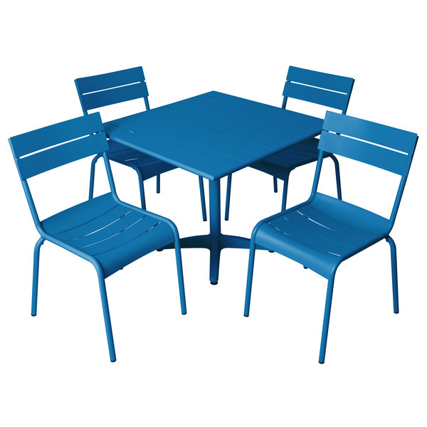"BFM Seating YK-B32BY Beachcomber 32"" Square Berry Aluminum Outdoor Table with 4 Chairs Main Image 1"