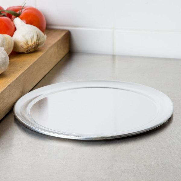 "10"" Aluminum Pizza Tray with Rim"