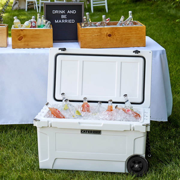 CaterGator CG65WHW White 65 Qt. Mobile Rotomolded Extreme Outdoor Cooler / Ice Chest Main Image 4