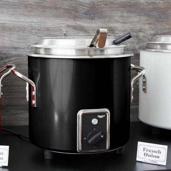 Vollrath 7217760 Black Finish Retro 7 Qt. Stock Pot Kettle Rethermalizer - 120V, 1450W