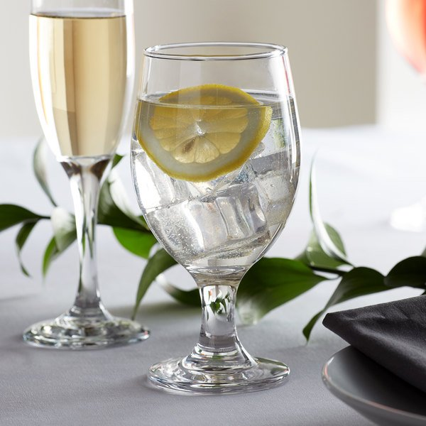 Acopa 14 oz. Glass Goblet - 12/Case Main Image 2