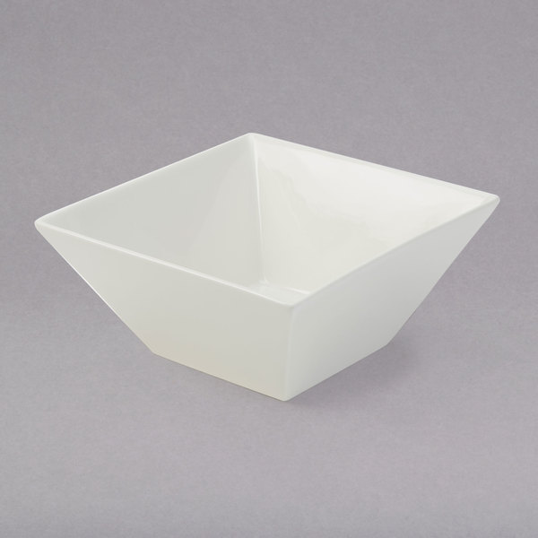 American Metalcraft WFB6 Prestige 24 oz. White Porcelain Square Bowl Main Image 1
