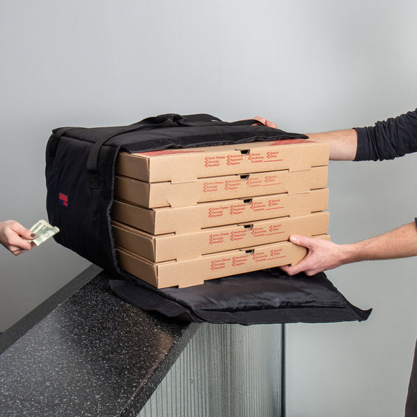 "Cambro GBP518110 Insulated Black Pizza Delivery GoBag™ - Holds up to (5) 18"" or (6) 16"" Pizza Boxes"