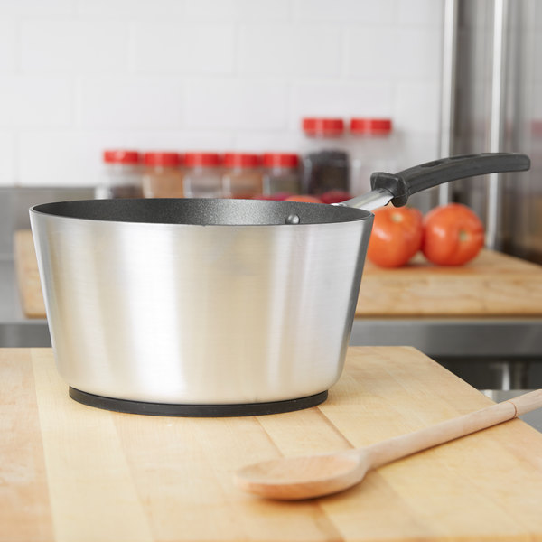 Vollrath 69303 Wear-Ever 3.75 Qt. Tapered Sauce Pan with SteelCoat x3 Non-Stick Interior and TriVent Silicone Handle