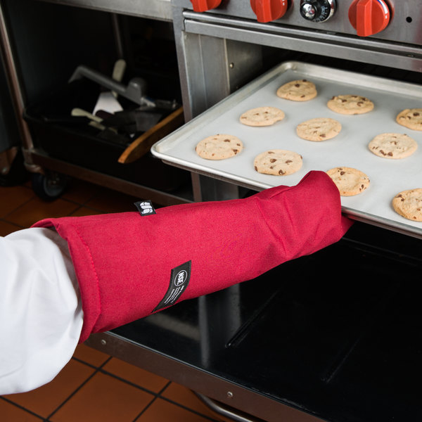 """San Jamar KT0224 Cool Touch 24"""" Flame Red Conventional Oven Mitt with Kevlar®"""