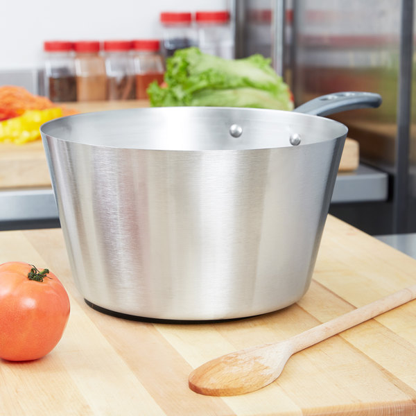 Vollrath 78351 5.5 Qt. Heavy-Duty Stainless Steel Tapered Sauce Pan