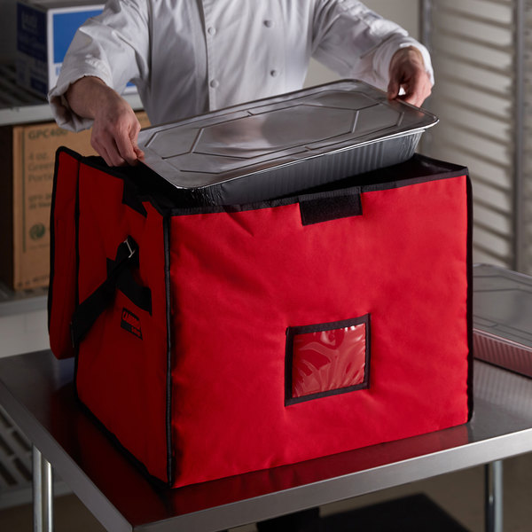 """Cambro GBD211517521 Insulated Jumbo Red Stadium Delivery GoBag™ - 21"""" x 15"""" x 17"""""""
