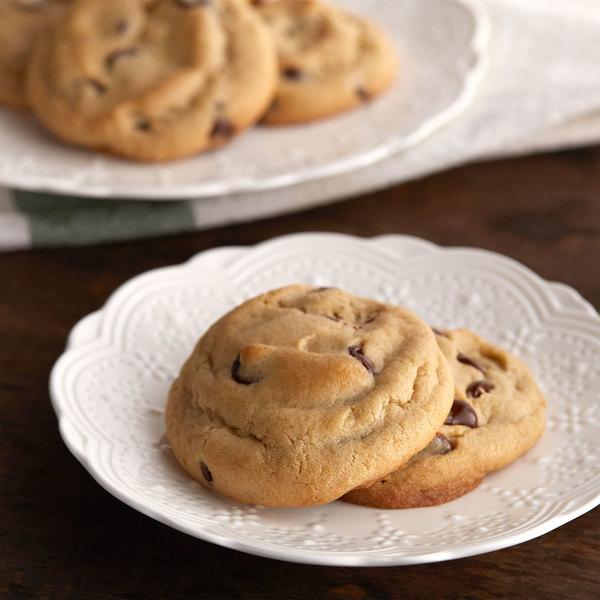 David's Cookies 1.5 oz. Preformed Gluten Free Chocolate Chip Cookie Dough - 120/Case Main Image 3