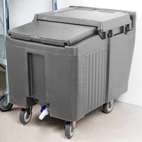 Cambro ICS125L191 SlidingLid™ Granite Gray Portable Ice Bin - 125 lb. Capacity Main Image 4