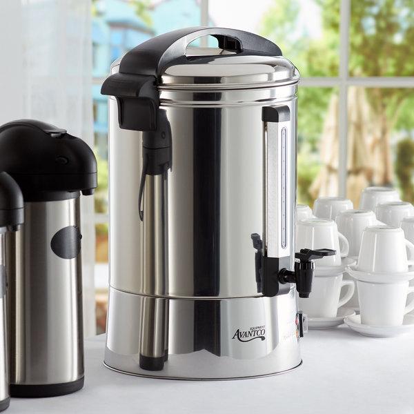 Avantco WB19L 5 Gallon 80 Cup (19 Liter) Water Boiler - 120V, 1500W