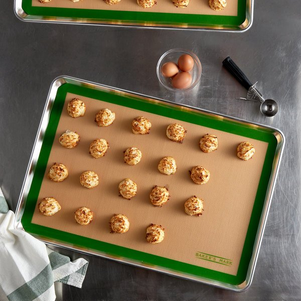 "Baker's Mark 16 1/2"" x 24 1/2"" Full Size Heavy Duty Silicone Non-Stick Baking Mat Main Image 2"