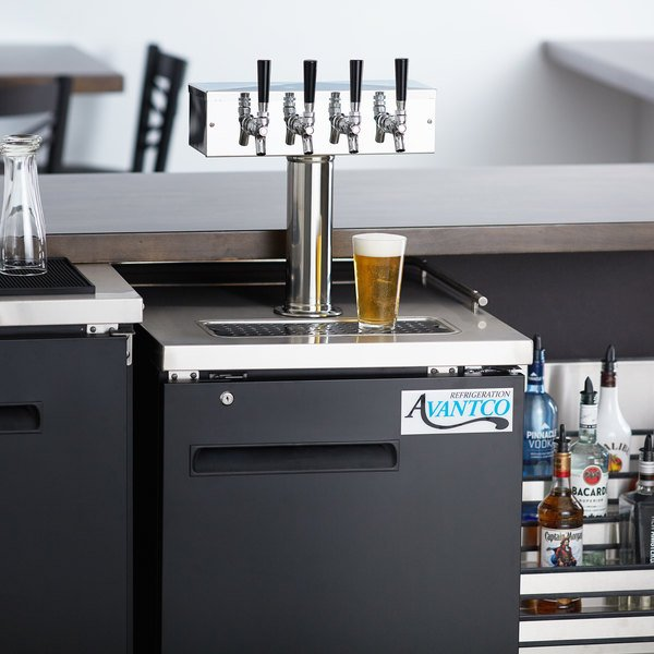 Avantco UDD-1-HC Four Tap Kegerator Beer Dispenser - Black, (1) 1/2 Keg Capacity Main Image 8