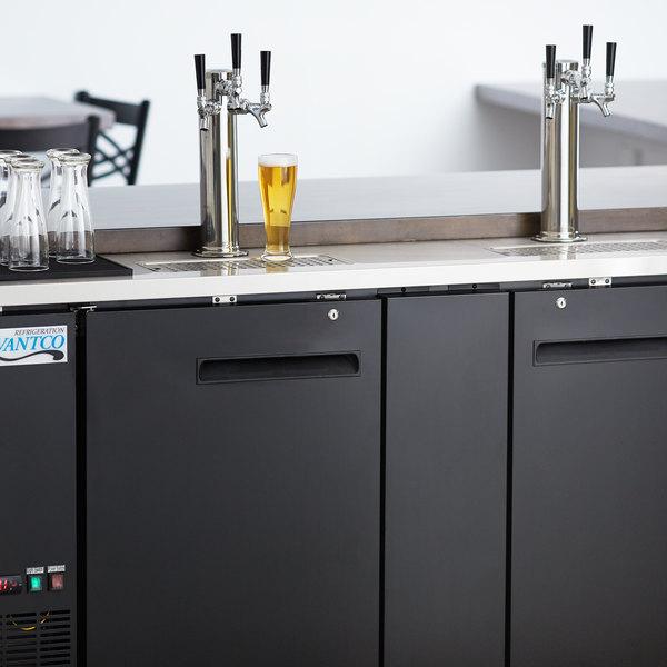 Avantco UDD-3-HC (2) Triple Tap Kegerator Beer Dispenser - Black, (3) 1/2 Keg Capacity Main Image 8