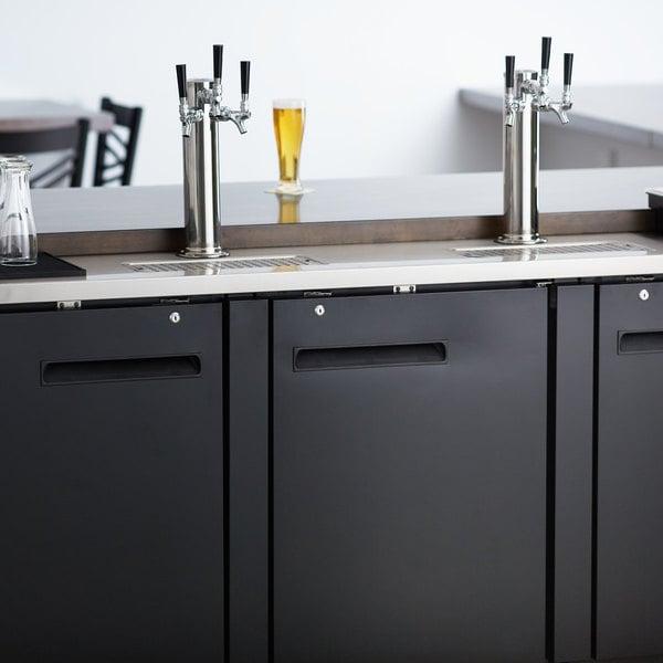 Avantco UDD-4-HC (2) Triple Tap Kegerator Beer Dispenser - Black, (4) 1/2 Keg Capacity