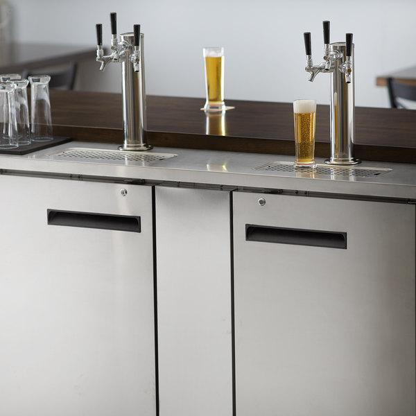 Avantco UDD-3-HC-S (2) Triple Tap Kegerator Beer Dispenser - Stainless Steel, (3) 1/2 Keg Capacity