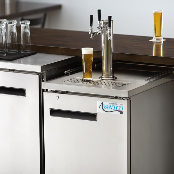 Avantco UDD-1-HC-S Triple Tap Kegerator Beer Dispenser - Stainless Steel, (1) 1/2 Keg Capacity Main Image 7