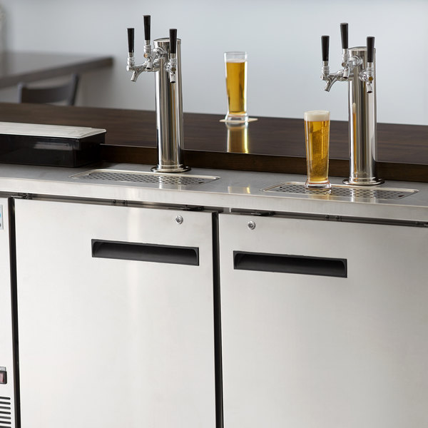 Avantco UDD-60-HC-S (2) Triple Tap Kegerator Beer Dispenser - Stainless Steel, (2) 1/2 Keg Capacity Main Image 8