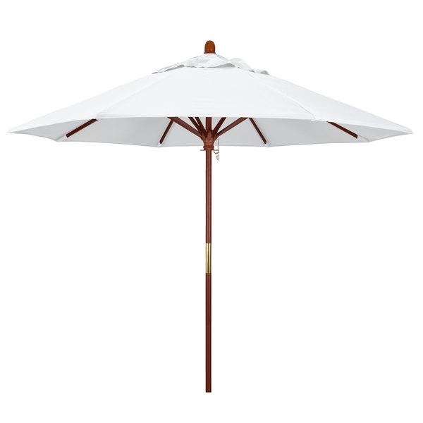 "White Fabric California Umbrella MARE 908 OLEFIN Grove 9' Round Push Lift Umbrella with 1 1/2"" Hardwood Pole - Olefin Canopy"