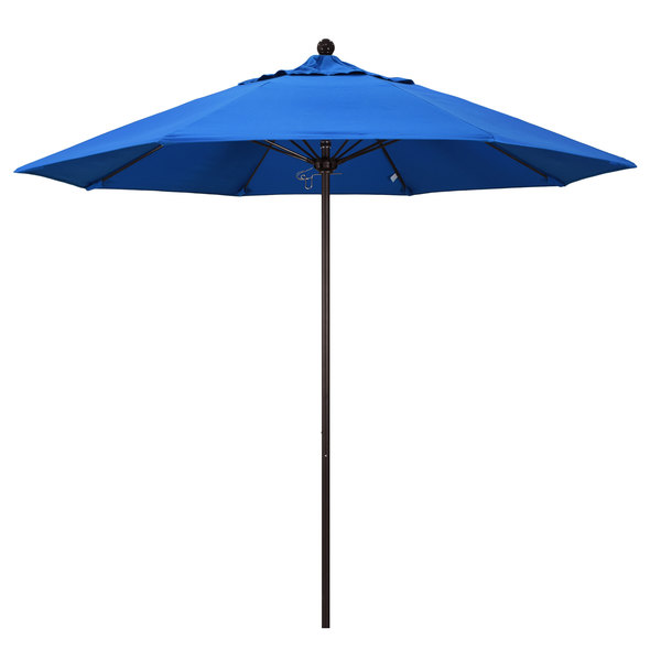 "Royal Blue Fabric California Umbrella ALTO 908 OLEFIN Venture 9' Round Push Lift Umbrella with 1 1/2"" Bronze Aluminum Pole - Olefin Canopy"