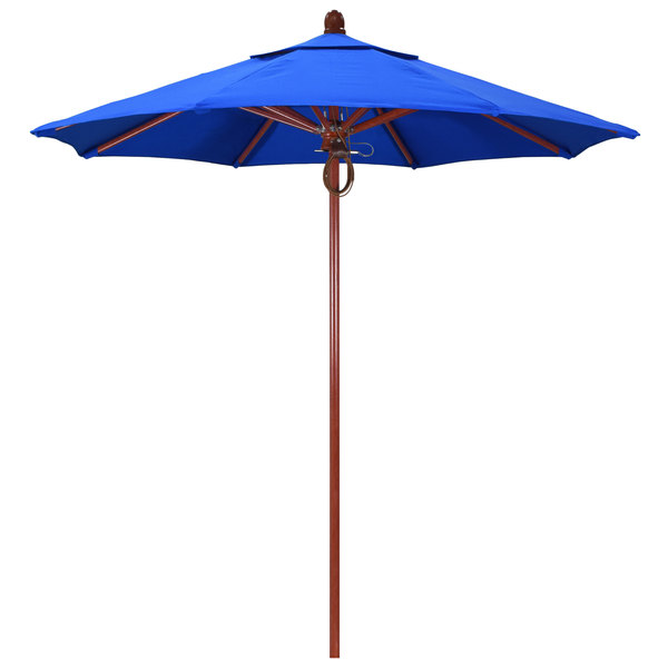 "Pacific Blue Fabric California Umbrella FLEX 908 SUNBRELLA 1A Sierra Customizable 9' Round Pulley Lift Umbrella with 1 1/2"" White Oak Fiberglass Pole - Sunbrella 1A Canopy"