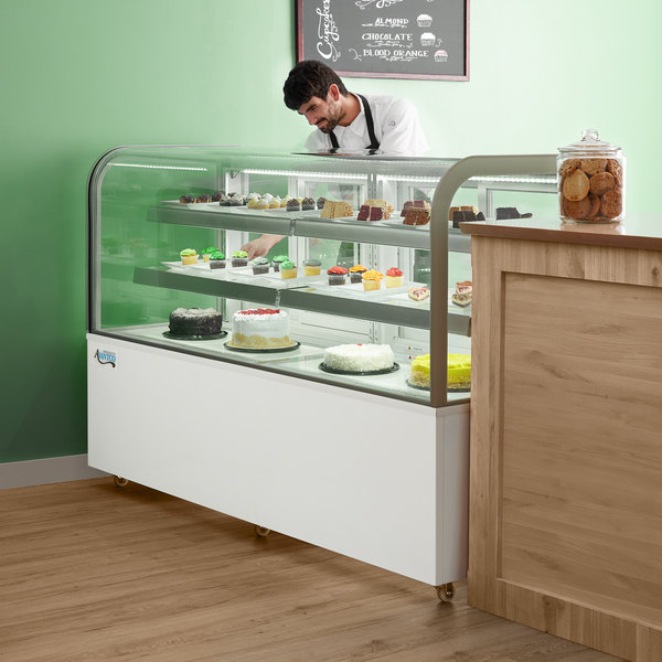 """Avantco BC-72-HC 72"""" Curved Glass White Refrigerated Bakery Display Case Main Image 6"""