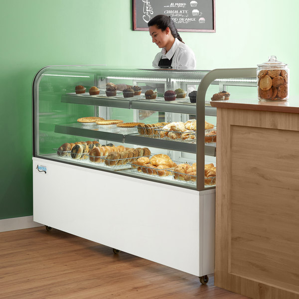 """Avantco BCD-72 72"""" Curved Glass White Dry Bakery Display Case Main Image 6"""