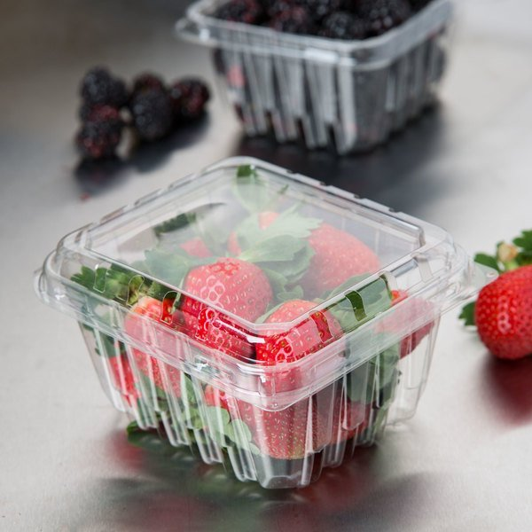 Pactiv 1 Pint Vented Clamshell Produce / Berry Container - 516/Case