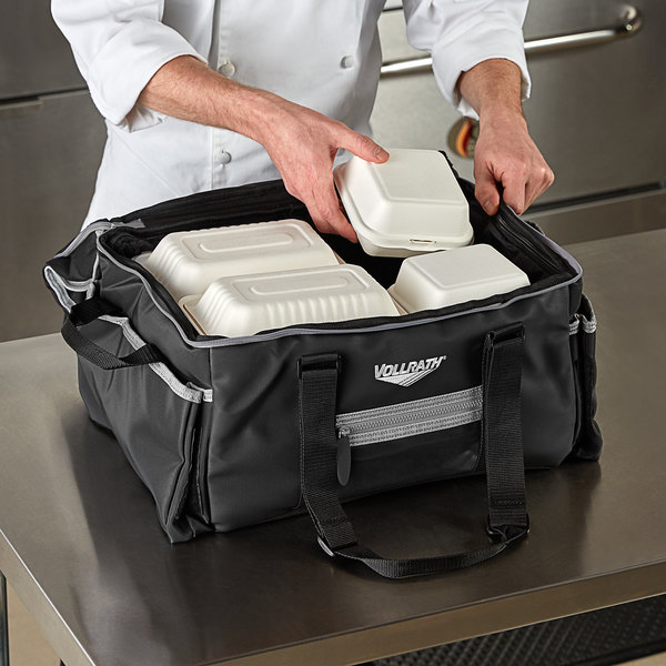 """Vollrath VCBM500 5-Series Medium Insulated Food Pan Carrier / Catering Bag with Heating Pad, 17"""" x 13"""" x 9"""" - Holds (2) Half Size Food Pans Main Image 3"""