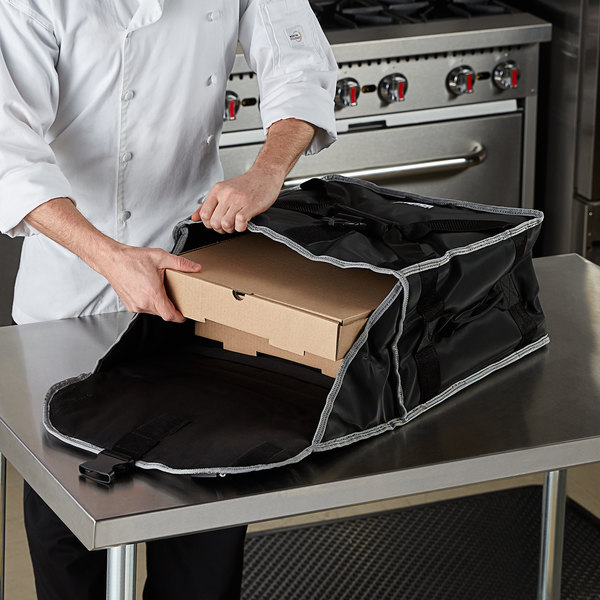 "Vollrath VPB316 3-Series Insulated Pizza Delivery Bag, 17 1/2"" x 17 1/2"" x 9"" - Holds (3) 16"" Pizza Boxes Main Image 3"