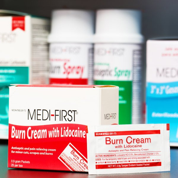 Medique 26073 Medi-First .9 g Burn Cream Packet - 25/Box