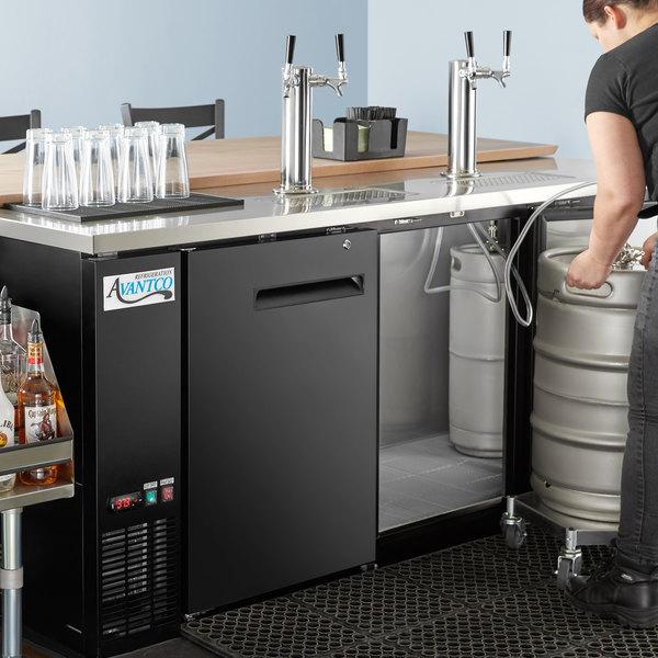 Avantco UDD-378-HC Black Kegerator / Beer Dispenser with 2 Double Tap Towers - (4) 1/2 Keg Capacity Main Image 9