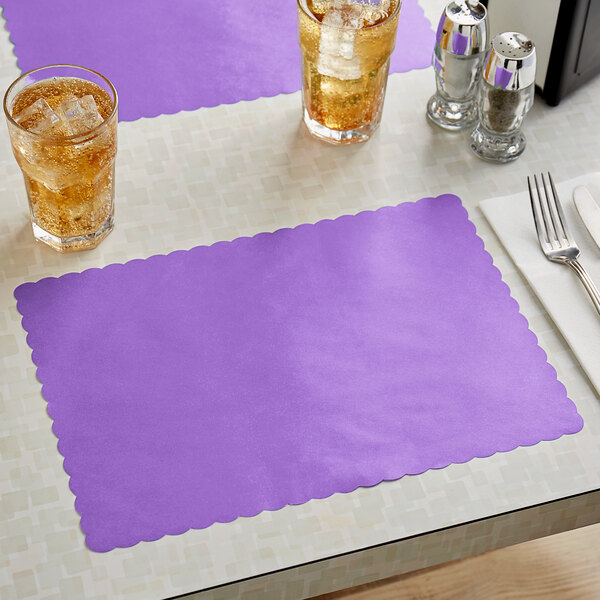 """Choice 10"""" x 14"""" Lavender Colored Paper Placemat with Scalloped Edge - 1000/Case Main Image 2"""