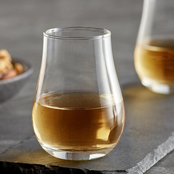 Acopa 4 oz. Whiskey Tasting / Tulip Glass - 12/Case Main Image 2