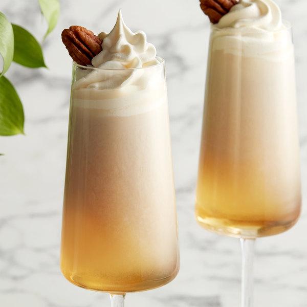 DaVinci Gourmet 750 mL Classic Praline Flavoring Syrup Main Image 2
