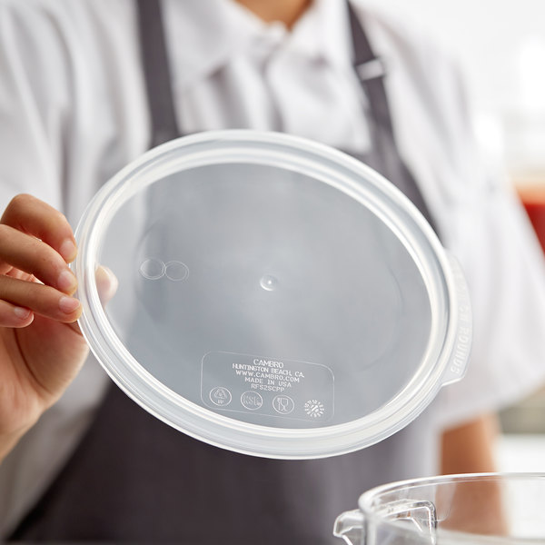 Cambro RFS2SCPP190 Camwear Translucent Round Seal Cover for Clear Camwear Containers Main Image 2