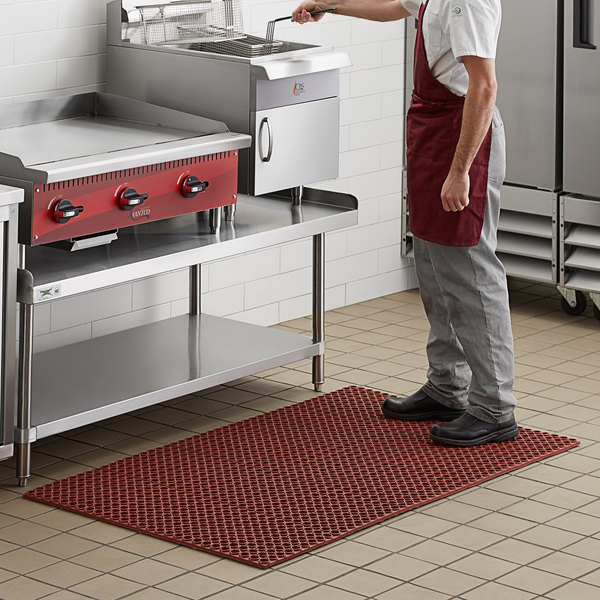 """Choice 3' x 5' Red Rubber Straight Edge Grease-Resistant Anti-Fatigue Floor Mat - 3/4"""" Thick"""