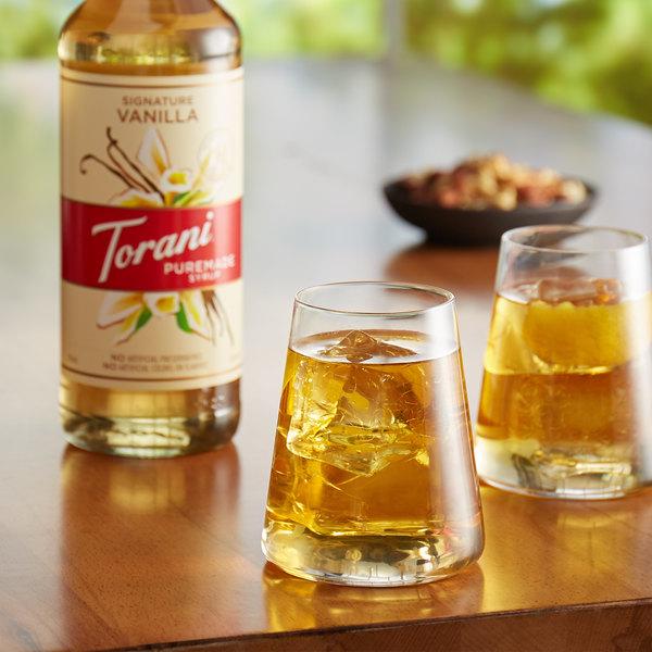 Torani 750 mL Puremade Signature Vanilla Flavoring Syrup Main Image 2