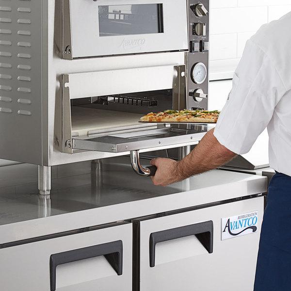 """Avantco 18"""" x 18"""" Square 13/16"""" Thick Cordierite Pizza Stone for Countertop Pizza Ovens Main Image 3"""