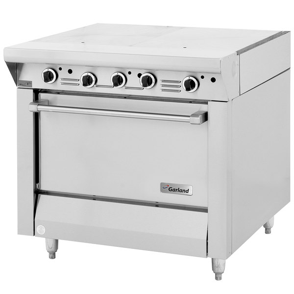 "Garland MST46R-E LP Master Sentry Series Liquid Propane 2 Section Even Heat Hot Top 34"" Range with Standard Oven - 116,000 BTU Main Image 1"