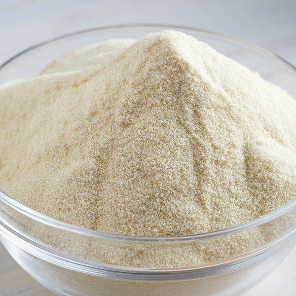 Bob's Red Mill 25 lb. Semolina Pasta Flour
