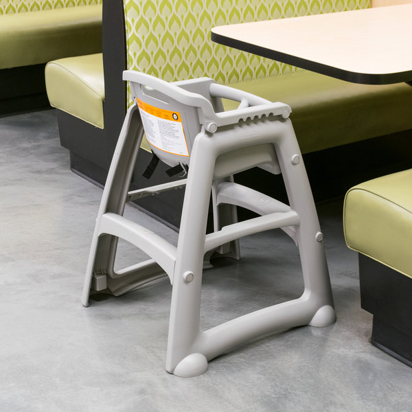 Rubbermaid FG780608PLAT Platinum Restaurant High Chair without Wheels - Assembled