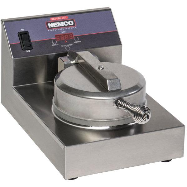 Nemco 7000A Single Waffle Maker - 120V