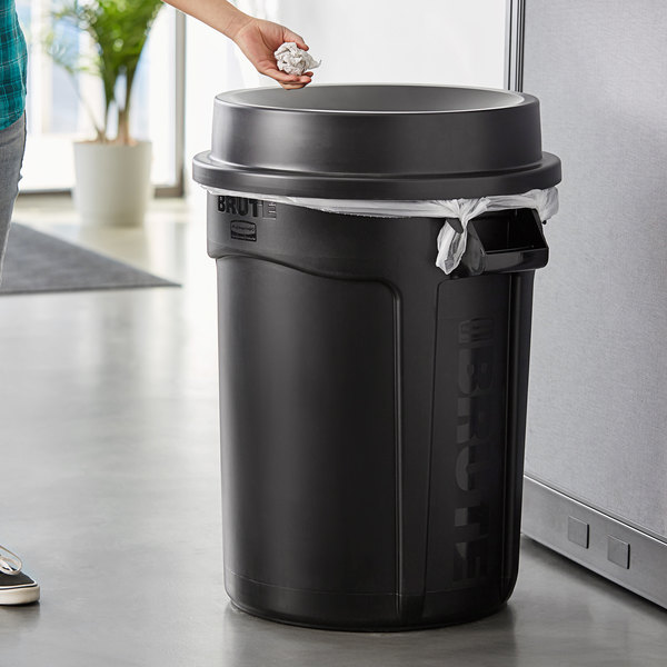 Rubbermaid BRUTE 32 Gallon Black Round Trash Can and Funnel Top Lid Main Image 2