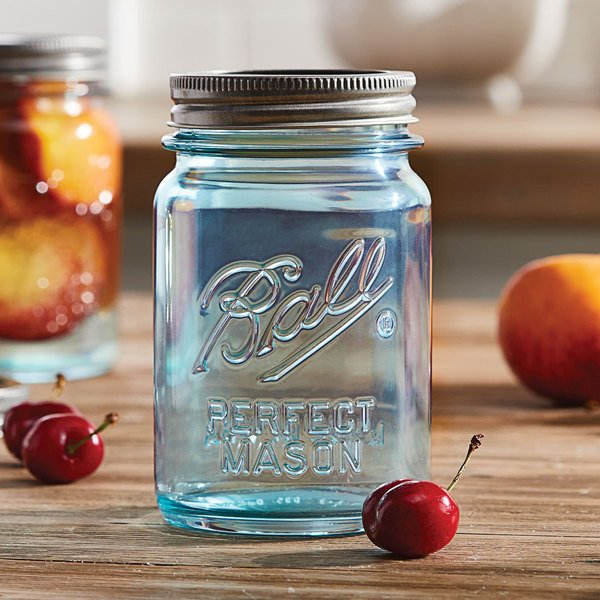 Ball 1440069054 16 oz. Pint Aqua Vintage Regular Mouth Glass Canning Jar with Silver Metal Lid and Band - 4/Pack Main Image 3