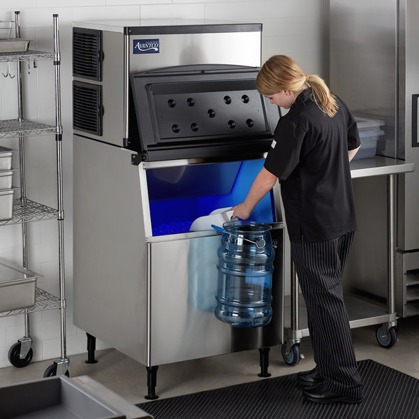 "Avantco Ice KMC-500-B3H 30"" Air Cooled Modular Half Cube Ice Machine with Bin - 500 lb. Main Image 7"