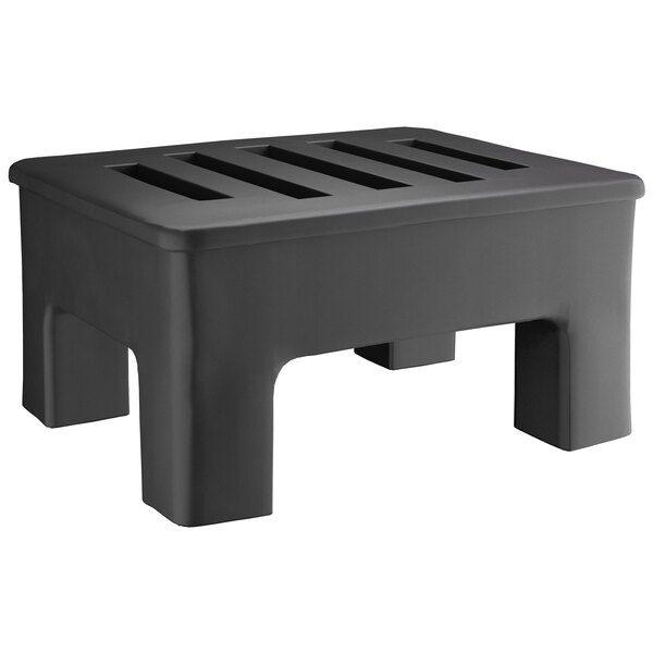 """Regency 18"""" x 22"""" x 12"""" Black Plastic Heavy-Duty Dunnage Rack with Slotted Top - 750 lb. Capacity Main Image 1"""